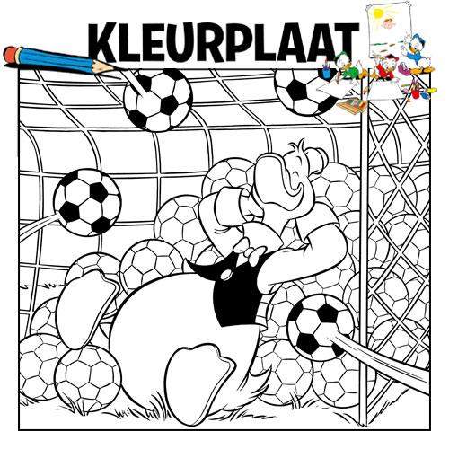 Kleurplaten Donald Duck Voetbal.Kleurplaat Voetbal Donaldduck Nl
